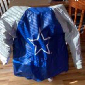 NFL gameday Dallas Cowboys rain jacket size Large
